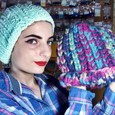Qrkoko.pl - Prosta czapka na drutach - TUTORIAL