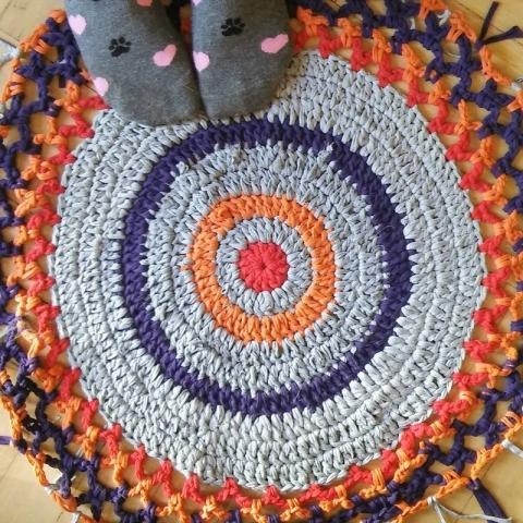 Qrkoko.pl - T-shirt yarn - jak zrobić włóczkę z koszulki?
