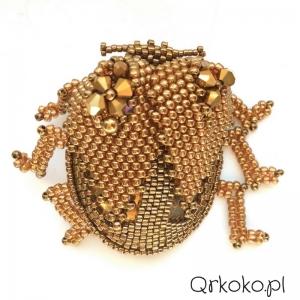 Qrkoko.pl - Złoty żuk z drobnych koralików