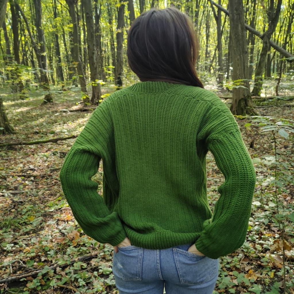 Sweter na szydełku, jak zrobić? Wzór od Qrkoko.pl